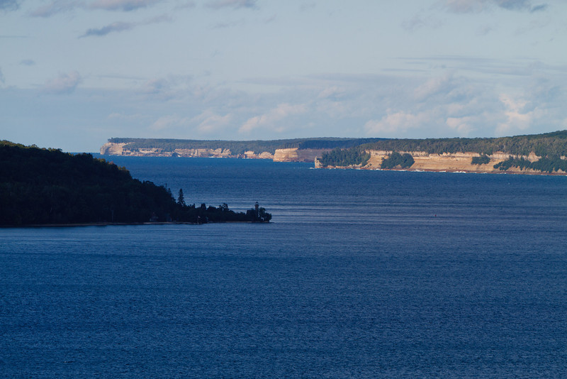 The rugged Pictured Rocks shoreline stretching off into the distance (Munising MI).