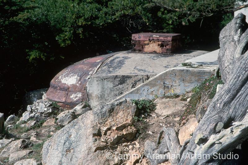 decayed storage tank, Sutro Park, San Francisco, April 2000