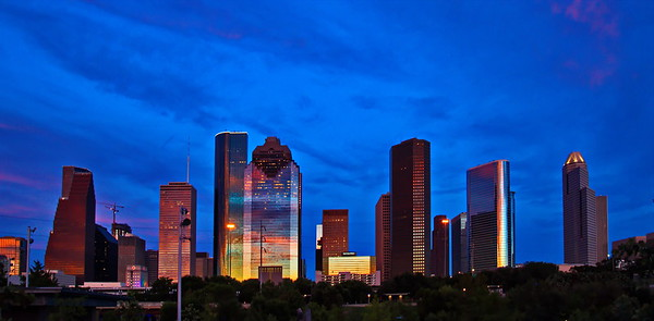 Houston_Skyline_Pink_Clouds_Buildings__D75_6778