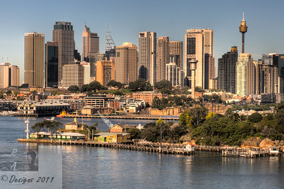 Sydney CBD shot from Ball's Head Reserve
