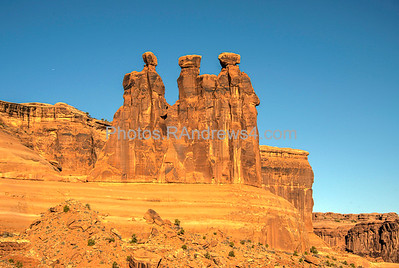 Arches National Park, Three Gossips