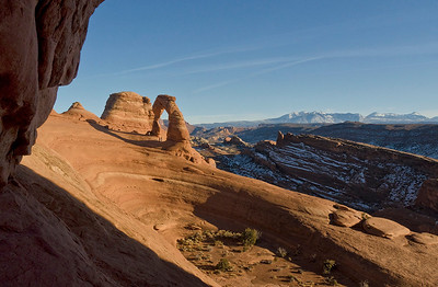 Three people standing beneath the arch give a sense of scale. I like the repeating lines of the framing arch in the foreground, Delicate Arch itself, and the leading lines of the fins receding to the La Sal mountains.