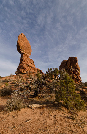 We arrived at Arches NP in the afternoon and went first to Balanced Rock for the late afternoon and sunset.