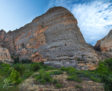 Small Alcover, Tall Butte