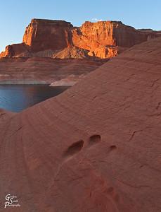 Sandstone Holes