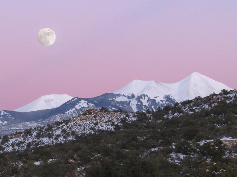 MoonriseTwilight.jpg