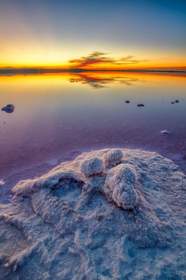 Salt formations Great Salt Lake, Utah