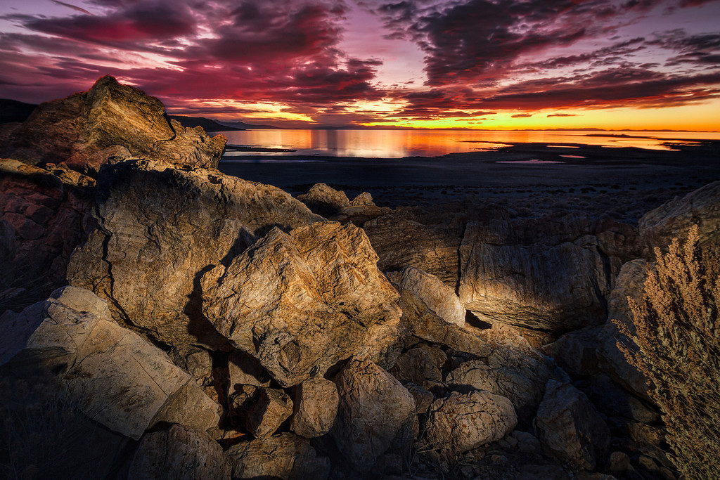 Antelope island sunset and lightpainting