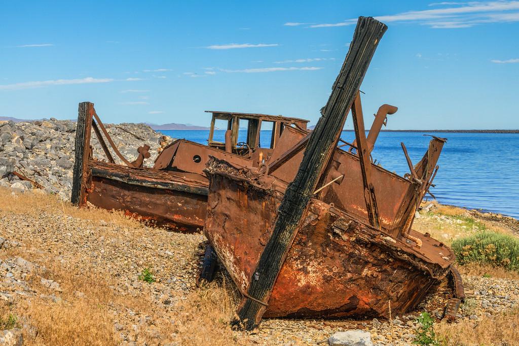 Lake Boats Rusted