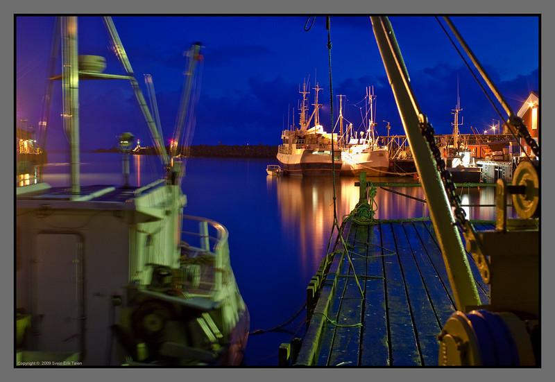 Still night at the old harbour II<br /> Røssnesvågen, Værøy