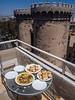 Lunch and Torres de Quart, Valencia