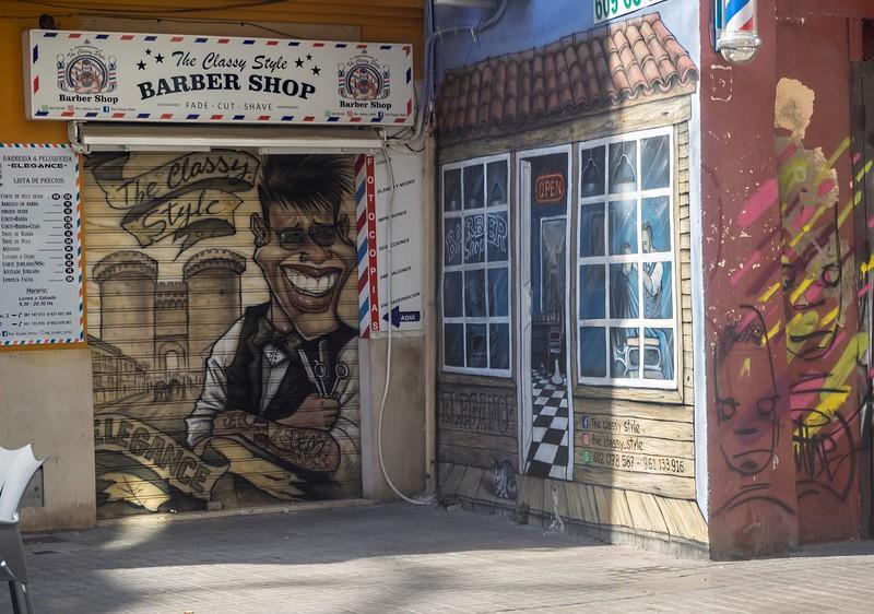 Graffiti/shopfront, Valencia
