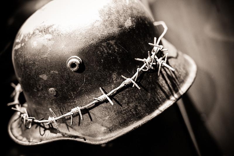 Casque couronne de barbelés Allemand - Mémorial Verdun