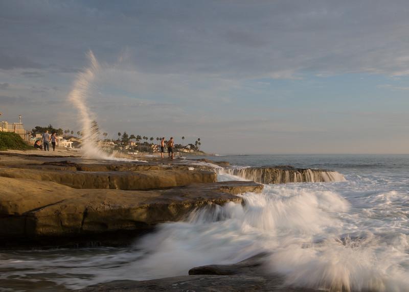 Water jets in the rocks