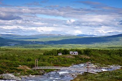 Syterstugan og broen over Svärfarbäcken