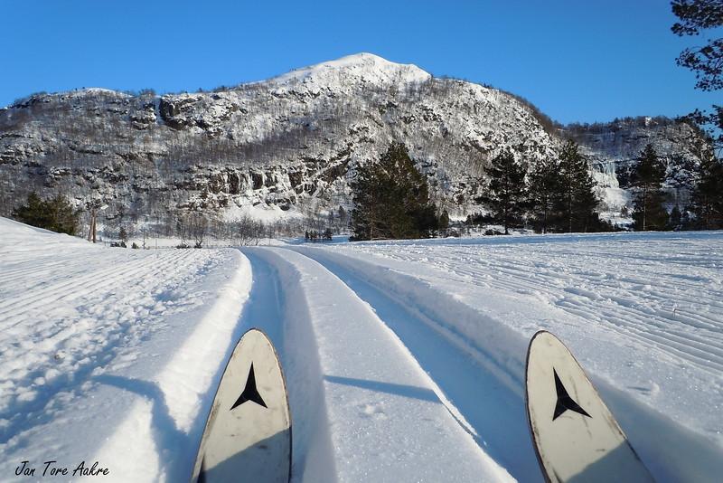 Ein fin dag på Bygdastølen<br /> <br /> A nice day for skiing