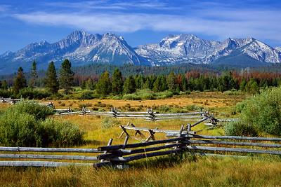 (J045) Sawtooth Range near Stanley Idaho