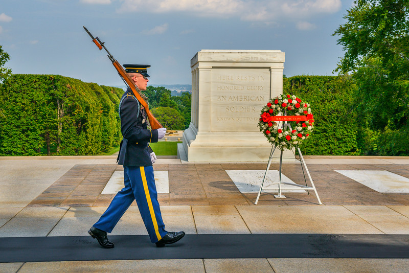 tomb-of-the-unknown-soldier-arlington-national-cemetery-Washington-DC-Marine_D8X6059