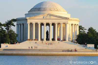 Jefferson Memorial near sunset.