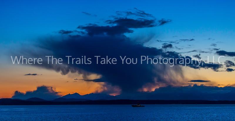 10. A Seattle view of an Elliott Bay sunset