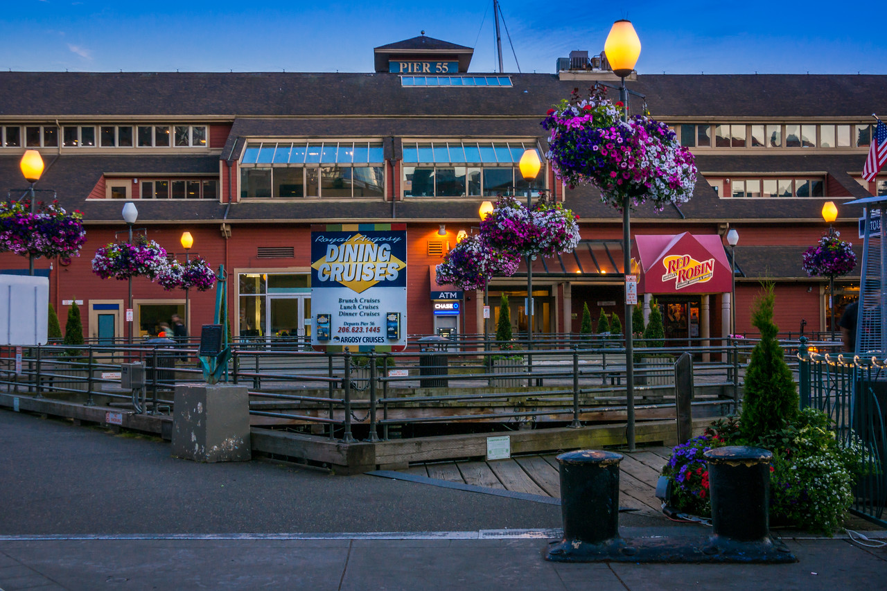Seattle Pier 55 at dusk