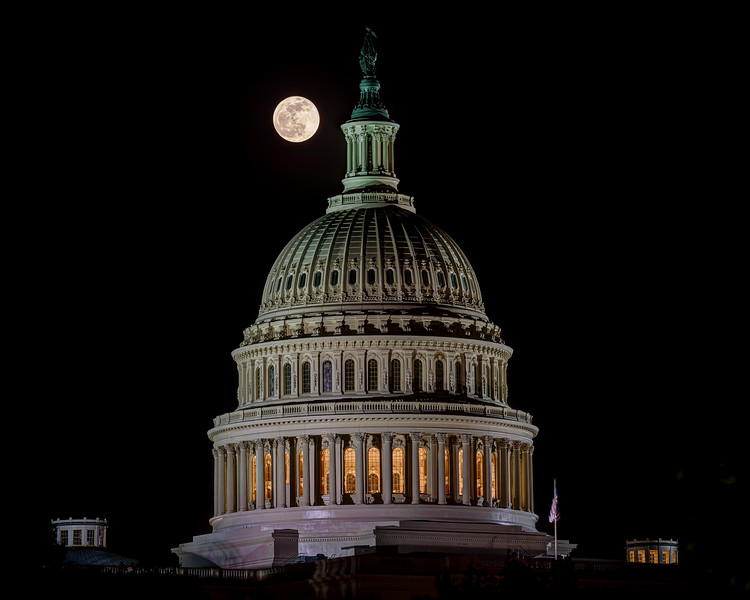 20130425-210543_[The Capitol Sunset-Moonrise]_0169-0173_Archive