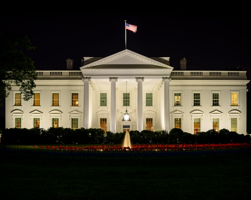 20130426-222729_[White House at Night]_0011_Archive