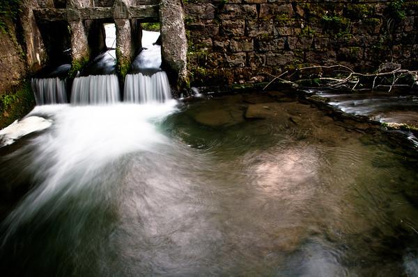 Old dam on Skaneateles Creek