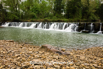 Natural Dam, Crawford County, Arkansas