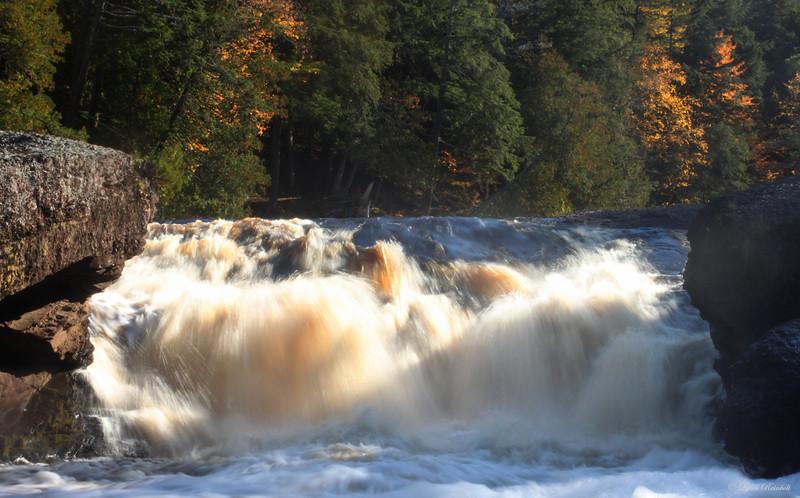 Sandstone Falls, Michagan