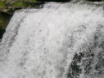 Waterfall at Lake ANN (1)
