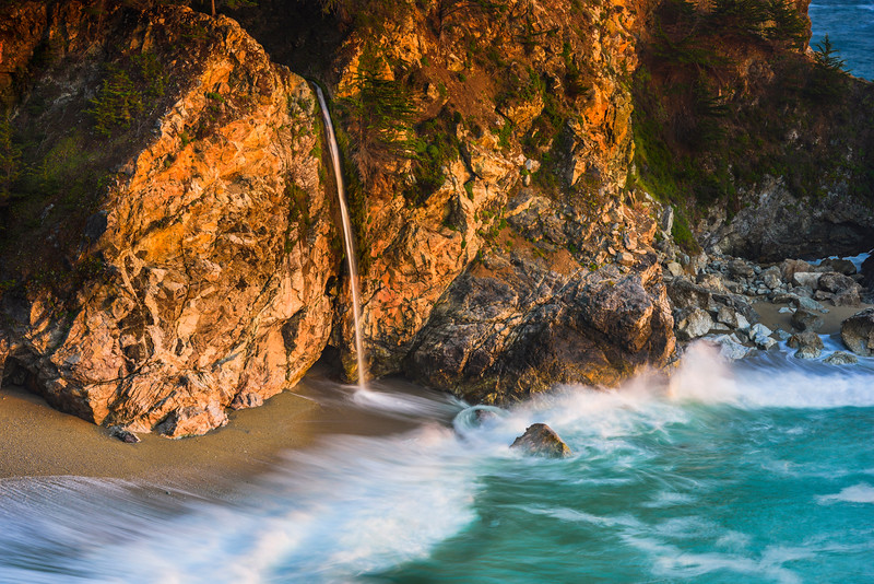 """Flowing into the Ocean"" McWay Falls at Sunset, Big Sur, California D818897"