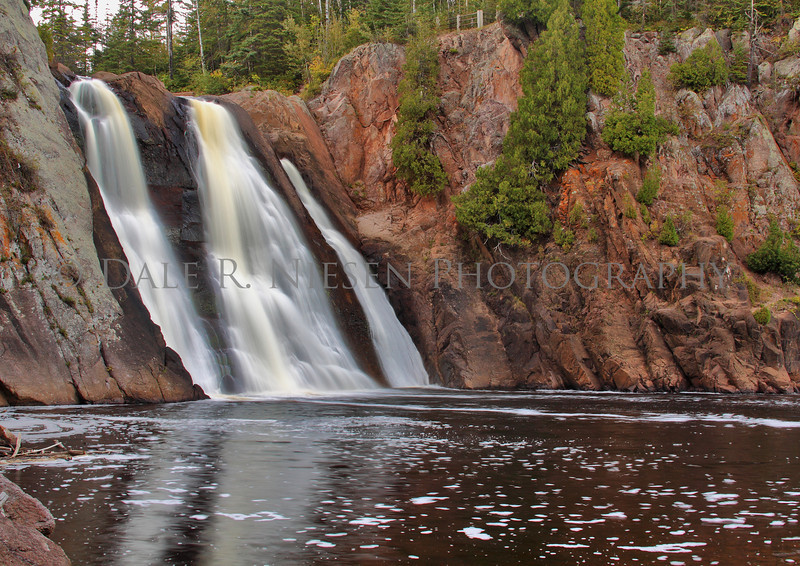 The High Falls of the Baptism River is loacted in Minnesota's Tettegouche State Park