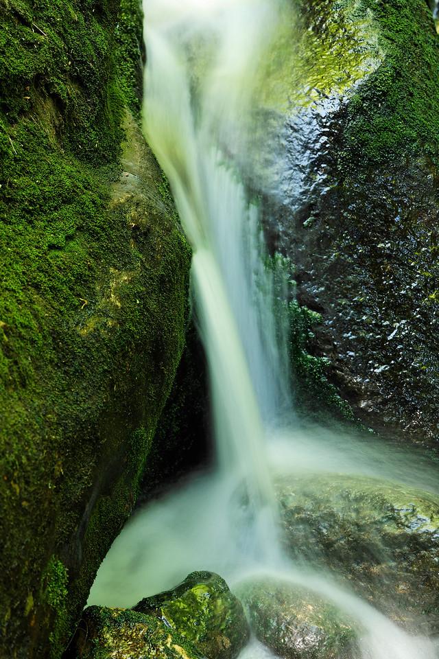 Below Proteus Falls, Triple Falls trail, White Mountains
