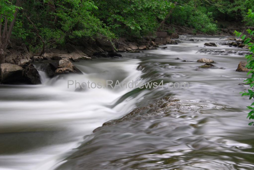 20100521 Irondequoit Creek in Philbrick Park