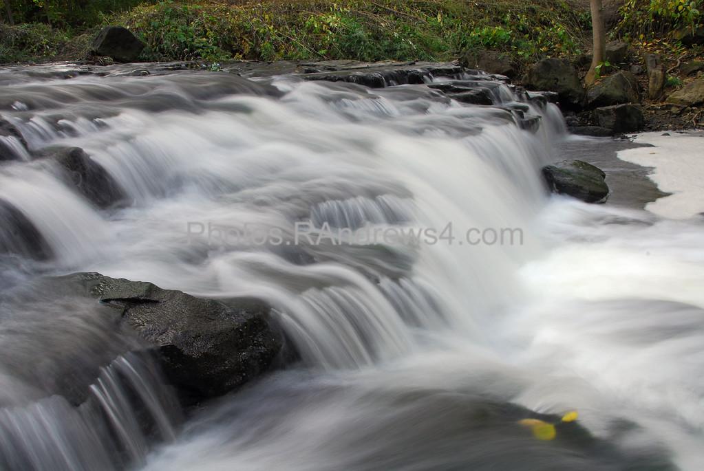 20100918 Corbett's Glen Middle Falls