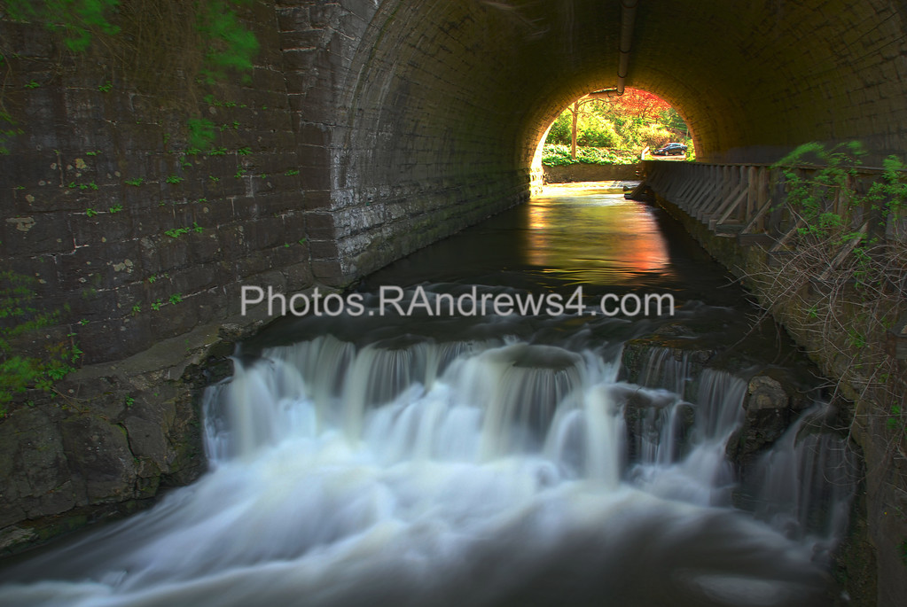 Tunnel Falls in Corbett's Glen