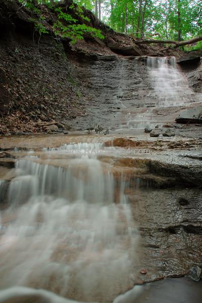 20100522 Brown Falls at Turning Point Park