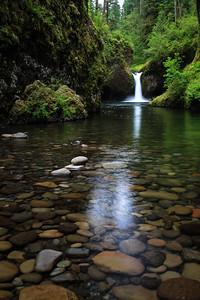 Punchbowl Falls - Vertical