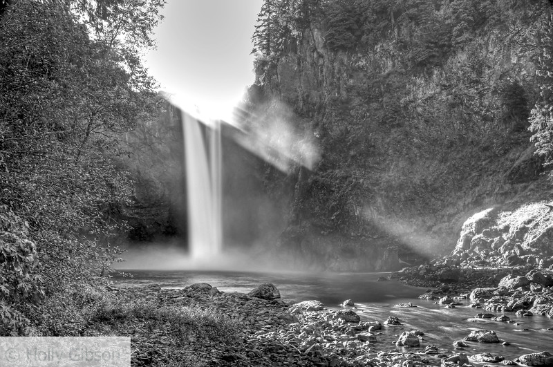 Snoqualmie Falls in black and white - 97