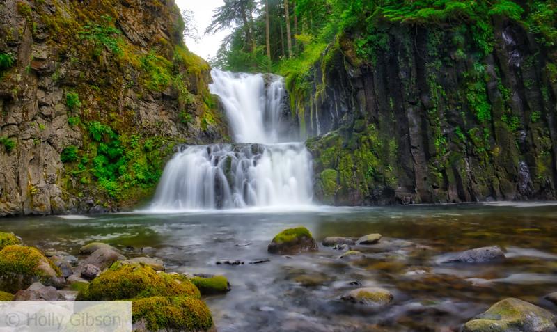 Skoonichuk Falls