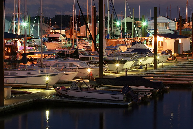 Night Marina (82504505)