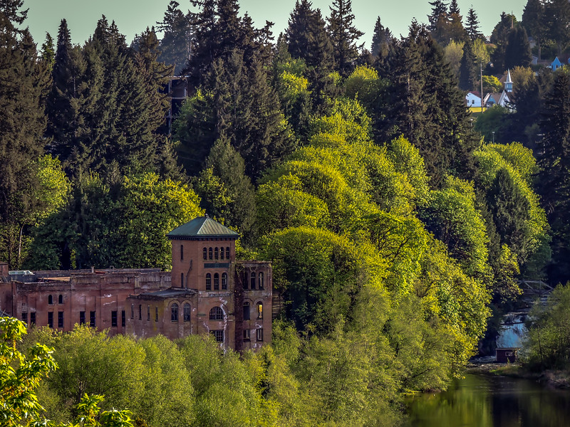 The Old Brewhouse & Tumwater Falls