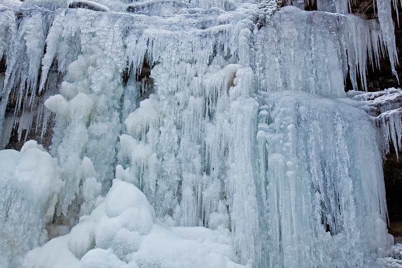 And, the last frozen cascade from Natchez Trace last winter ('10), from straight on, balancing dangerously on ice-covered rocks...