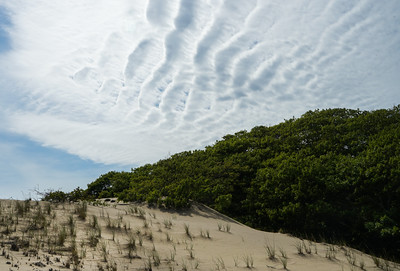 Cloud Ripples in the Dunes