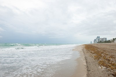 A cloudy day at Hollywood Beach, FL