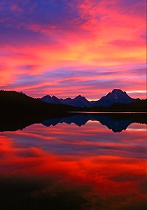 Intense sunset afterglow at Oxbow Bend, Grand Tetons National Park