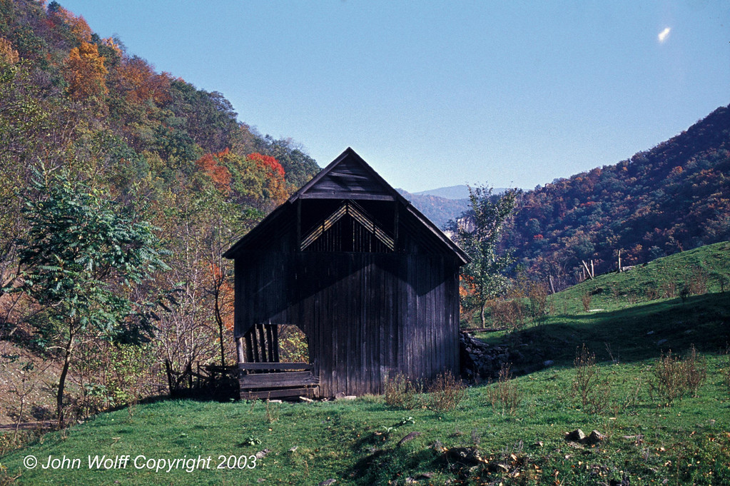 <b> Barn, West Virginia - 1973 </b>