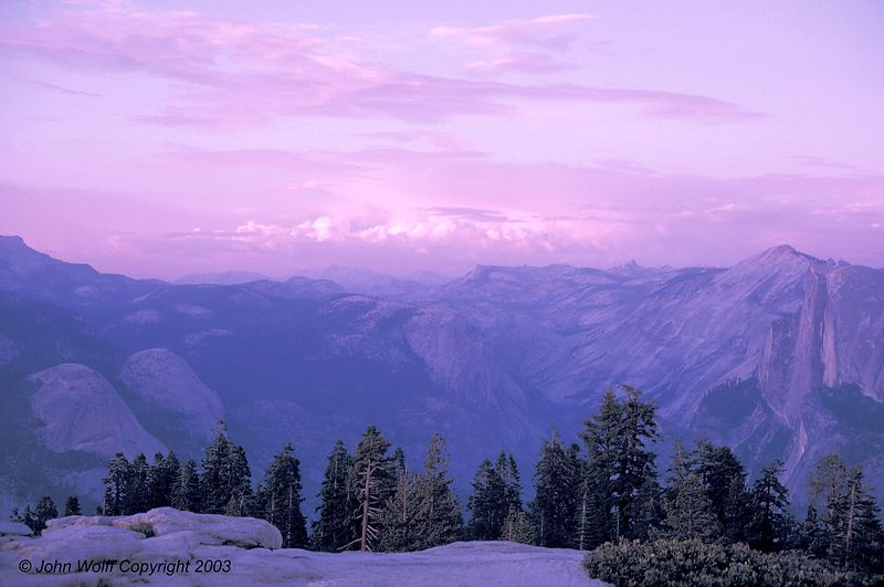 <b> Rosey sunset from Glacier Point in Yosemite </b>