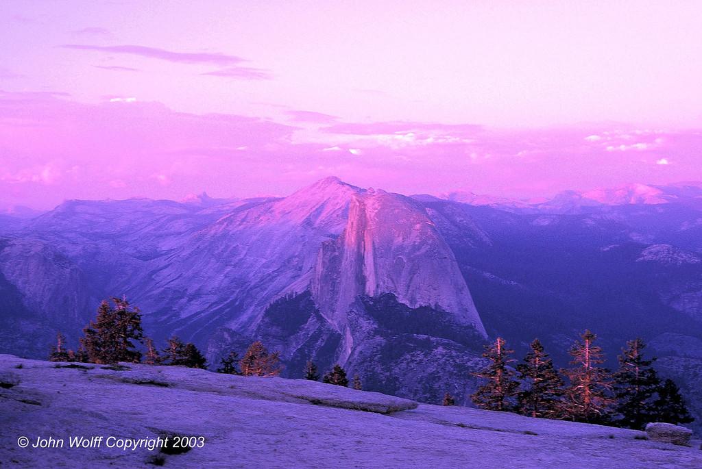 <b> Rosey Sunset, Half Dome - Yosemite National Park </b>